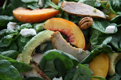 chicken,peach,feta,spinach-salad.JPG