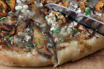 pizza-chanterelles.JPG