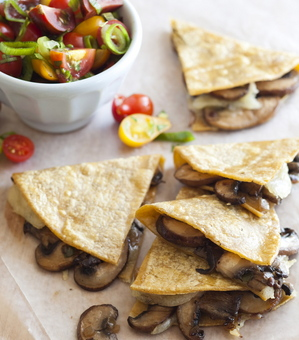 MushroomManchegoQuesadilla_2.JPG