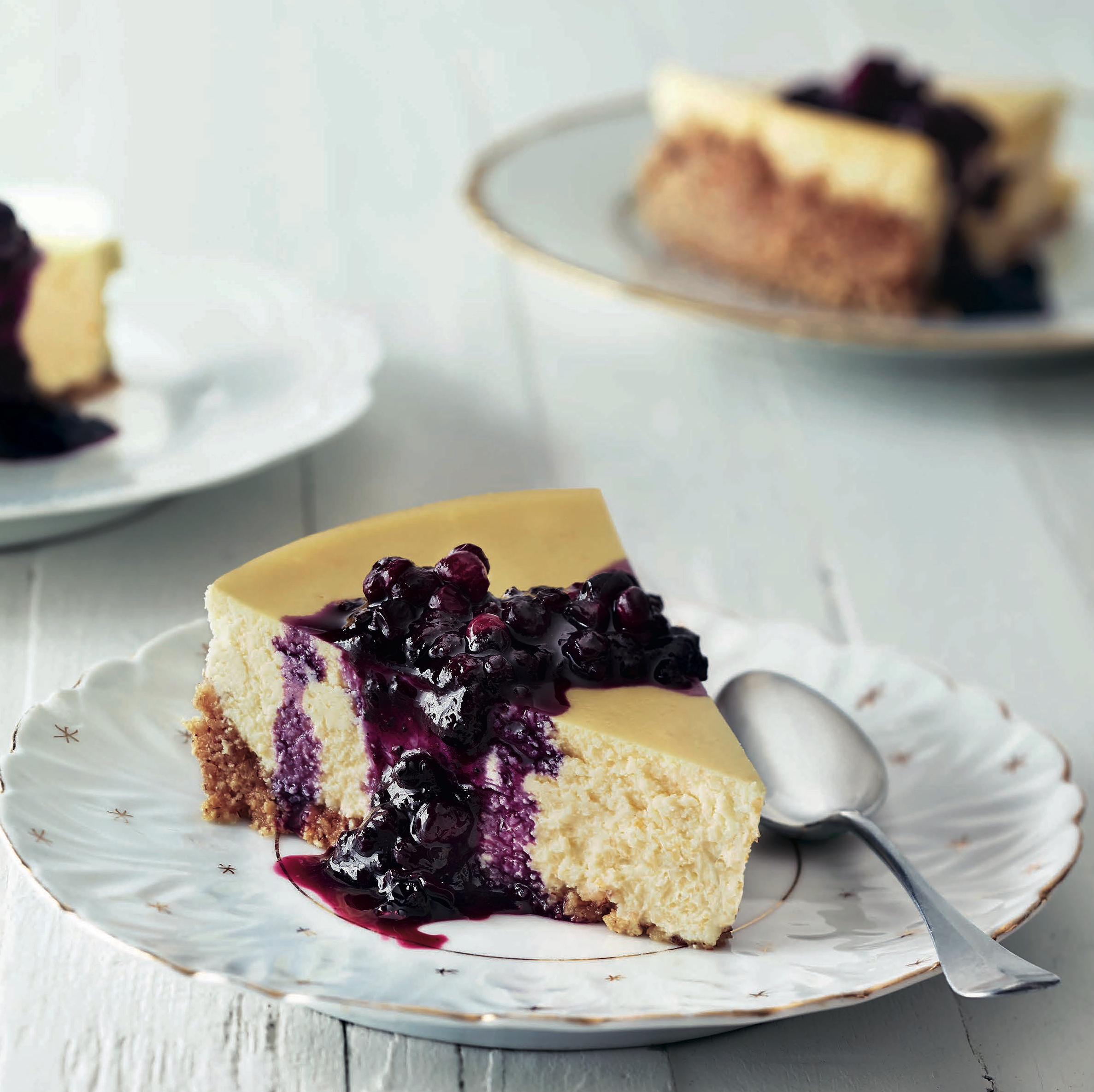 Cheesecake with Blueberry Sauce for Fathers - Kristine Kidd - Blog